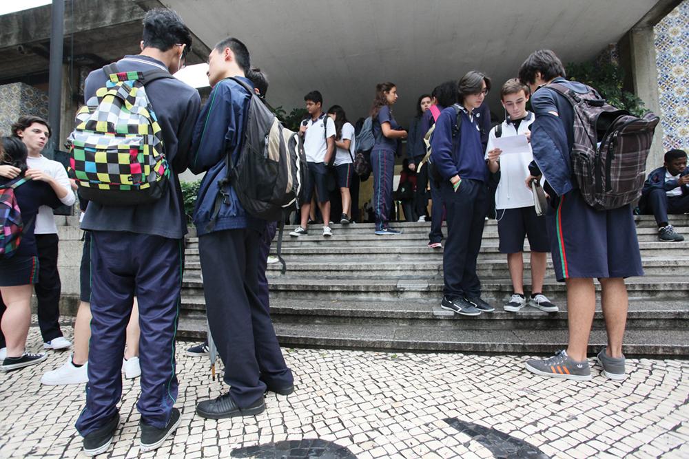 Falta de informações e ausência de aulas online preocupam pais da Escola Portuguesa de Macau