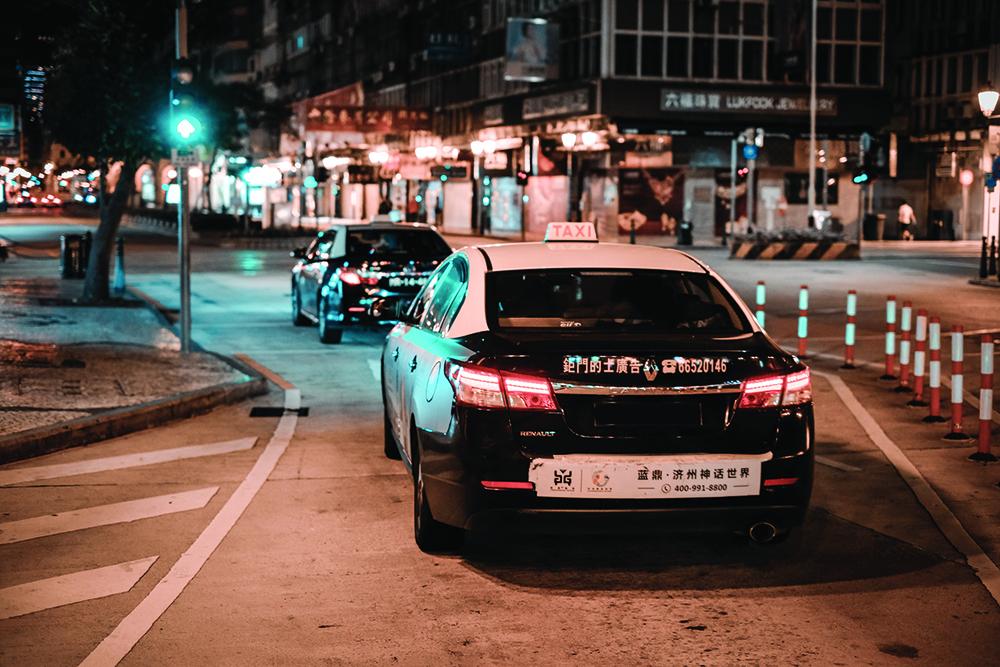 Associações de Táxis pedem orientações para desinfectar viaturas