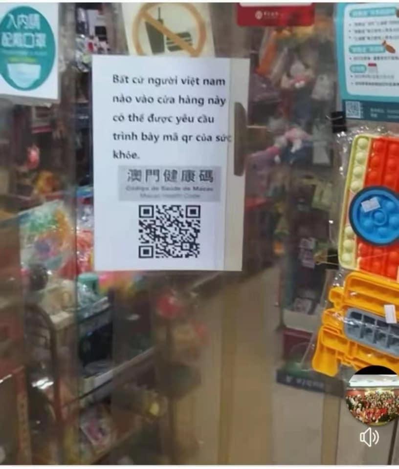Covid-19   Vietnamitas proibidos de entrar em lojas